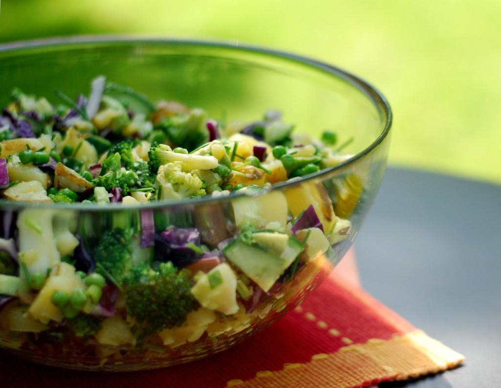 top_17-5-2014_DSC_0102_very-green-potatoe-salat